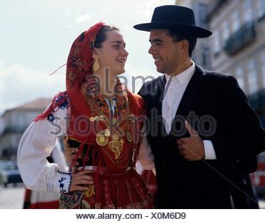 Portugal Vila Franca do Lima. Rosen Festival. Paar in ...