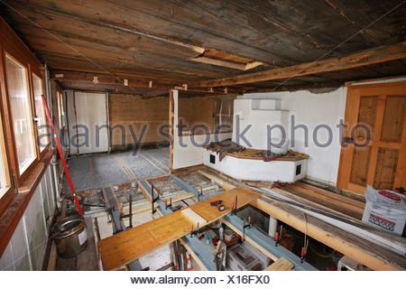 schweiz europa indoor innen bodenbelag holz arbeiten arbeit alte haus wohnung zimmer job. Black Bedroom Furniture Sets. Home Design Ideas