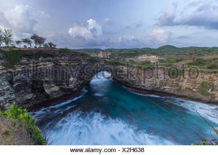 Gebrochene Strand, Nusa Penida Insel, Bali, Indonesien - Stockfoto