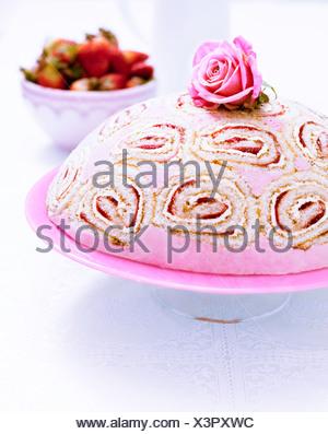 ... Kuppel Form Kuchen   Stockfoto