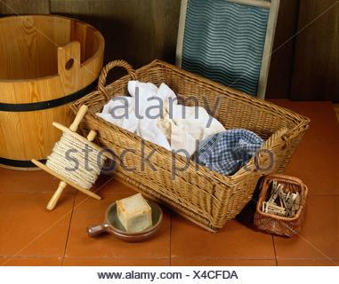 w schekorb w sche hand w sche weidenkorb waschen sprungbrett holzbottich ankerwinde. Black Bedroom Furniture Sets. Home Design Ideas