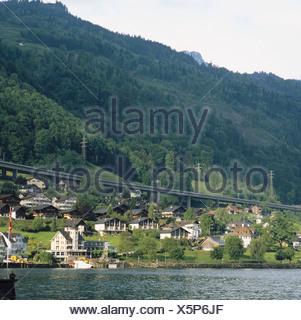 Autobahn Becken Schilf Berge Kanton Nidwalden Fahrgastschiff Schiff