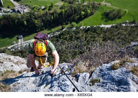 Maximilian Klettersteig : Bergsteiger beim aufstieg von der kaiser maximilian klettersteig