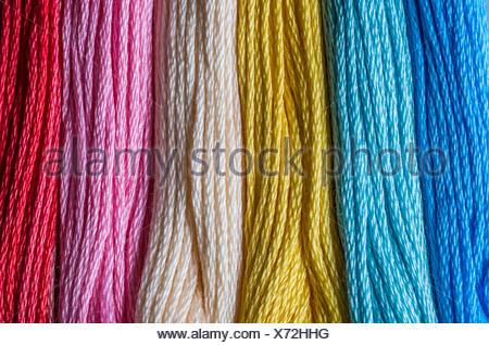 Leinwand Farben Farben Hell Wolle Faden Regenbogen String