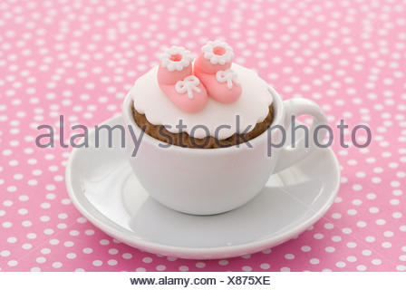 Madchen Taufe Kuchen Stockfoto Bild 311320634 Alamy