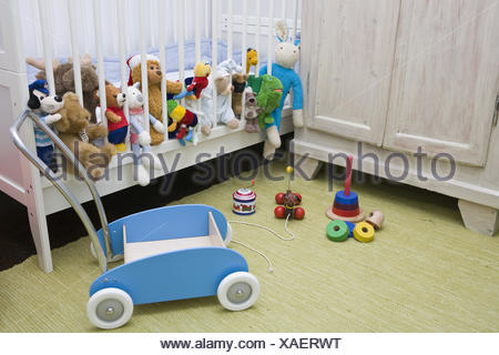 Kinderbett Stofftiere Kinderzimmer Detail Kinderbett Bett
