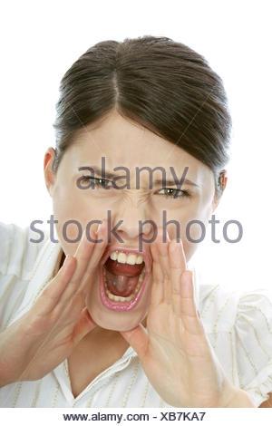 Frau, Jung, Blick Kamera, Portrait, 20-30 Jahre, Dunkelhaarig, Wuetend, Schreind, Furie (Modellfreigabe) - Stockfoto