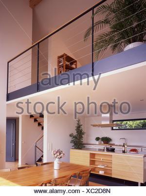 Treppen Essen innen gedreht küche offen lebenden viertel fenster treppen