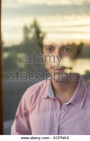 Mann sein betrachten - Stockfoto