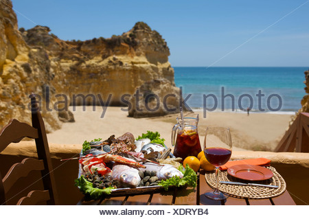 restaurant am praia dos tres irm os in der n he von alvor algarve portugal europa stockfoto. Black Bedroom Furniture Sets. Home Design Ideas