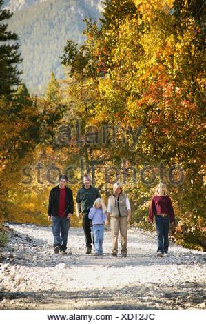 Familie gilt für eine Wanderung - Stockfoto