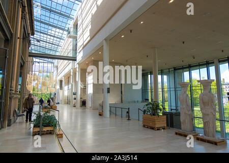 Copenhague, Dinamarca - Mayo 04, 2019: el interior de la Galería Nacional de Dinamarca, Statens Museum for Kunst, Copenhague, Dinamarca