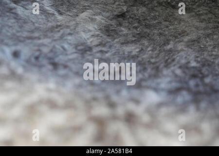 Cerrar la textura de la superficie de una silla cubierto de coloridas lanas iclendic