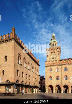El Palazzo dei Notai, el Palazzo d'Accursio, Piazza Maggiore, Bolonia, Emilia-Romaña, Italia
