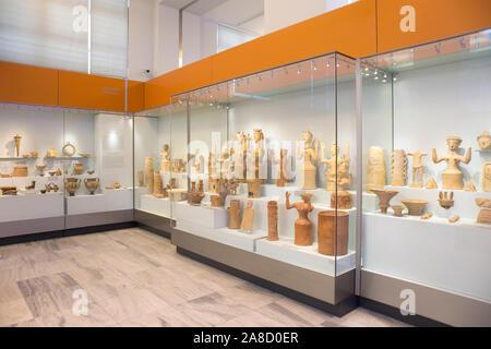 Heraklion, Creta, Grecia. Los antiguos artefactos en exhibición en el Museo Arqueológico de Heraklion.