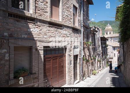 Monastero delle Clarisse di Vallegloria en el centro histórico de Spello, en Umbría, Italia. 21 de agosto de 2019 © Wojciech Strozyk / Alamy Stock Photo