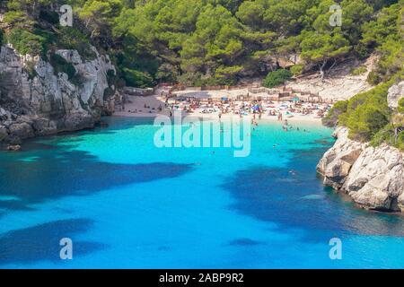 Vista elevada de Cala Macarelleta, Menorca, Islas Baleares, España, Europa