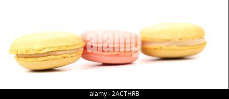 Tres diferentes macaron tartas. Cerca.