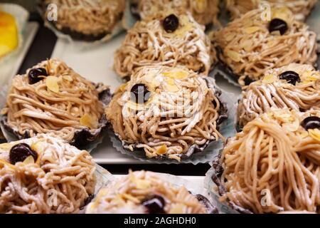 Maroni Blute - un pastel de las famosas cafeterías, Viena Austria