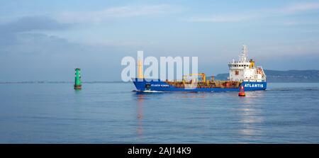 Dublín, Irlanda,1 de enero de 2020.El Atlantis Aldabra quimiquero aceite entrando en el puerto de Dublín. Foto de stock