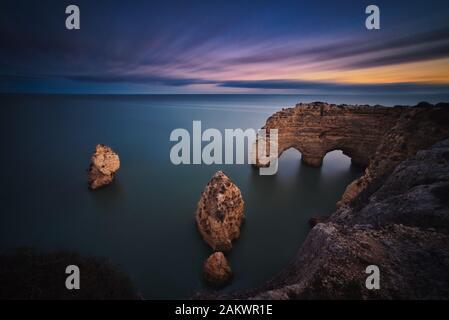 Foto de la costa de Portugal al atardecer