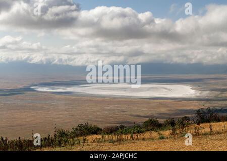 Vista sobre el cráter Ngorongoro en Tanzania, África