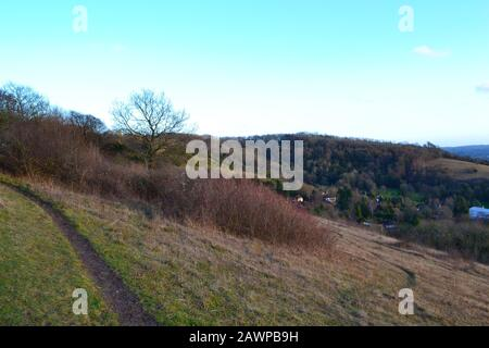 Vista al atardecer desde Fackenden Down, Kent, cerca de Shoreham en North Downs. Precioso campo cerca de Londres, en la foto de mediados de invierno. Foto de stock