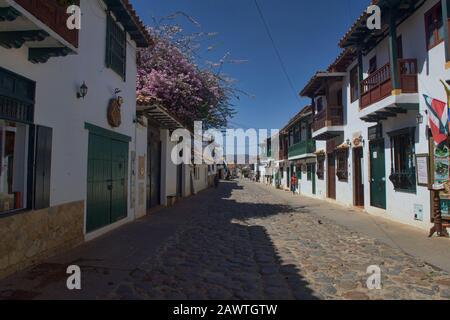 Calles empedradas en la encantadora Villa de Leyva, Boyacá, Colombia