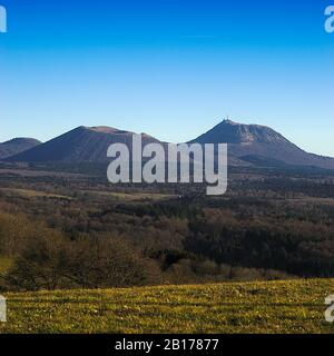 Puy-de-Dome, volcán de Auvernia, cadena de Domes