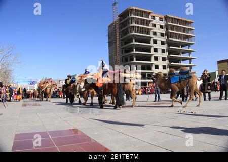 Festival de Nauryz en la provincia de Bayan Ulgii en Mongolia Occidental. Festival tradicional de nómadas kazakos