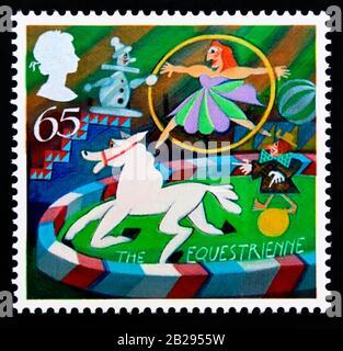 Sello postal. Gran Bretaña. Reina Isabel II Europa. Circo. La Equestrienne. 65p. 2002.