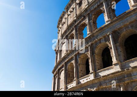 Vista del Coliseo por la tarde
