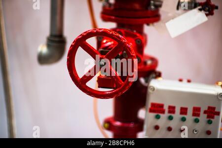 Tuberías de agua y gas procedente del baño calefactor