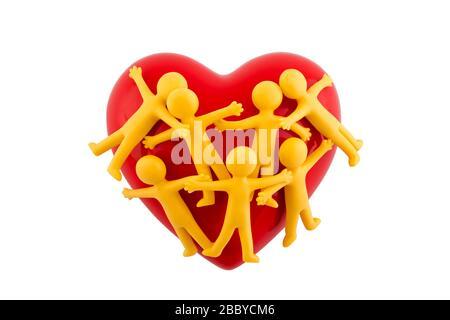 Figuras de grupo de personas pegadas con corazón rojo aisladas sobre fondo blanco con la ruta de recorte Foto de stock