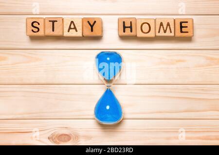 Reglas básicas. Concepto de cuarentena, permanecer en casa COVID-19. Medidas personales para proteger a los miembros de la familia. Enfermedad de coronavirus. Cierre los contactos si está enfermo