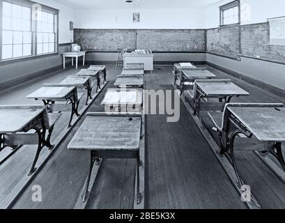 Escuela de San Juan un Sitio Provincial de Patrimonio es una escuela de una habitación cerca de Leader Saskatchewan, Canadá Foto de stock