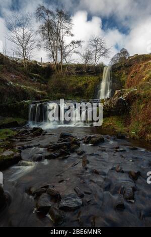 Cascada en Blaen y Glyn' en Nant Bwrefwr, Nr Talybont, Gales