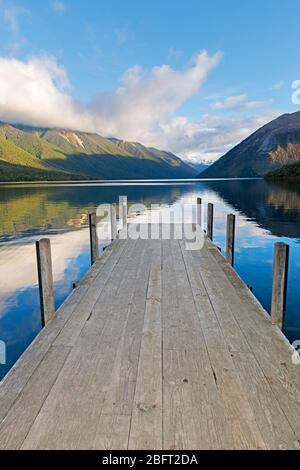 El lago Rotoiti, Parque Nacional de Los Lagos de Nelson, Nueva Zelanda