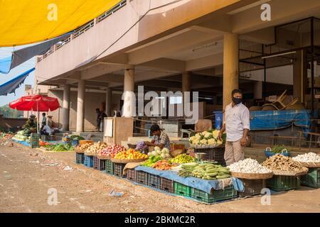Mercado abierto en el sur de Goa durante algunas relaxaciones en el cierre Covid-19.