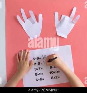 actividad de matemáticas para niños en casa, juegos para niños, entrenamiento de matemáticas, manualidades de papel para niños aprendiendo matemáticas, adición de niños preescolares