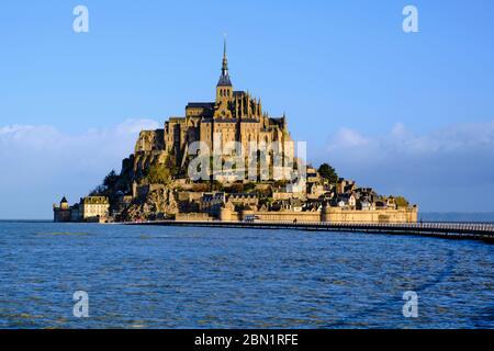 Francia, Normandía, departamento de la Mancha, Bahía del Mont Saint-Michel Patrimonio de la Humanidad de la Unesco, Abadía del Mont Saint-Michel