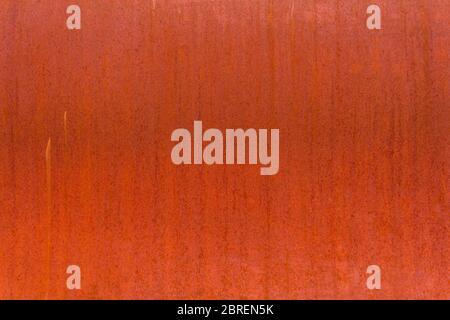 Rojo rústica antigua placa de acero para fondo de pantalla del producto, listo para el montaje. Foto de stock