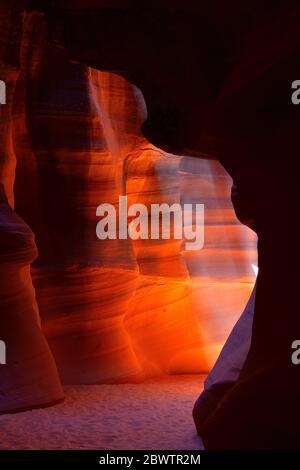 EE.UU., Arizona, paredes erosionadas lisas del cañón Antelope Foto de stock
