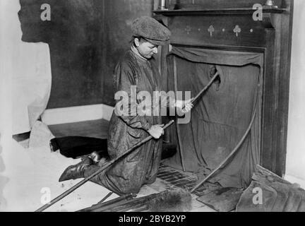 Woman Chimney Sweep durante la primera Guerra Mundial, Inglaterra, Reino Unido, Servicio de Noticias Bain, 1915