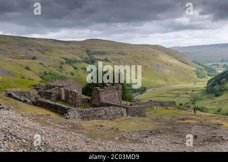 Ruinas de la sala de crackpot cerca de Keld en la parte superior de Swaledale en el Parque Nacional de Yorkshire Dales, Reino Unido.