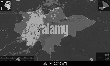 Mopti, región de Malí. Mapa a escala de grises con lagos y ríos. Forma presentada contra su área de país con superposiciones informativas. Renderizado en 3D Foto de stock