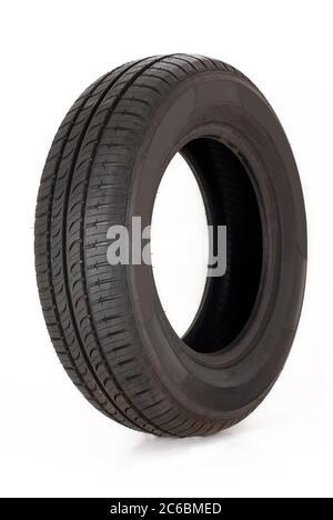 Neumático de verano, nuevo neumático de verano moderno