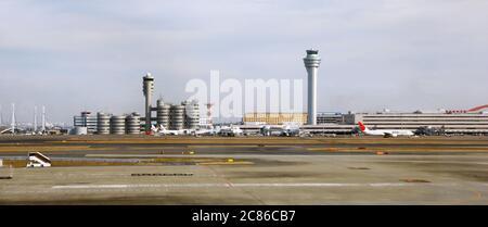 Edificios del aeropuerto Haneda en Tokio