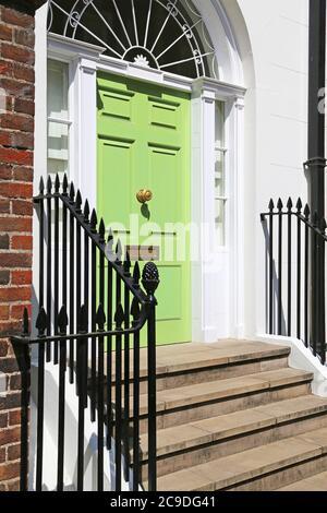 Entrada de casa de ciudad de lujo en Londres