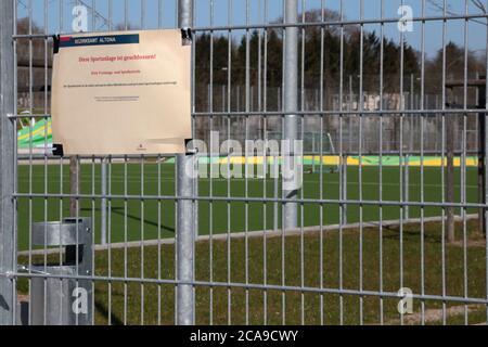 Cerrado sportspark, escuelas y patios de recreo debido a la crisis de Corona.